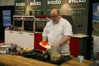 demo-kitchen2