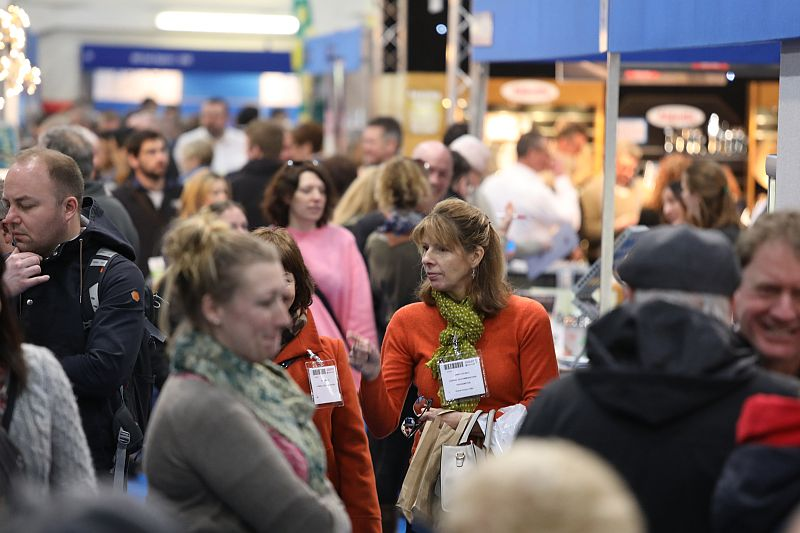 busy aisles at Source 2018