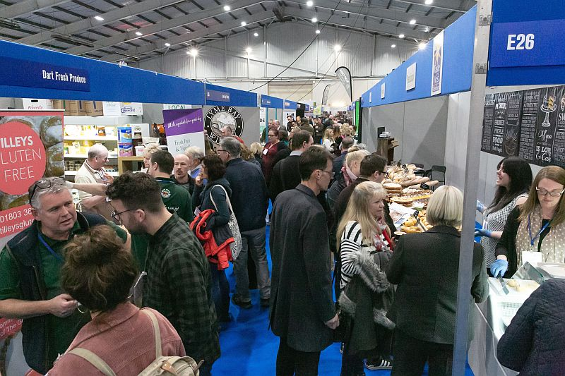 busy aisles at Source 2019
